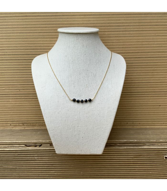 Collier plaqué or en Spinelle 5 perles