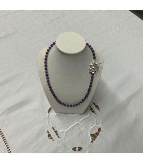 Collier en Améthyste facettée perles moyennes fermoir acier